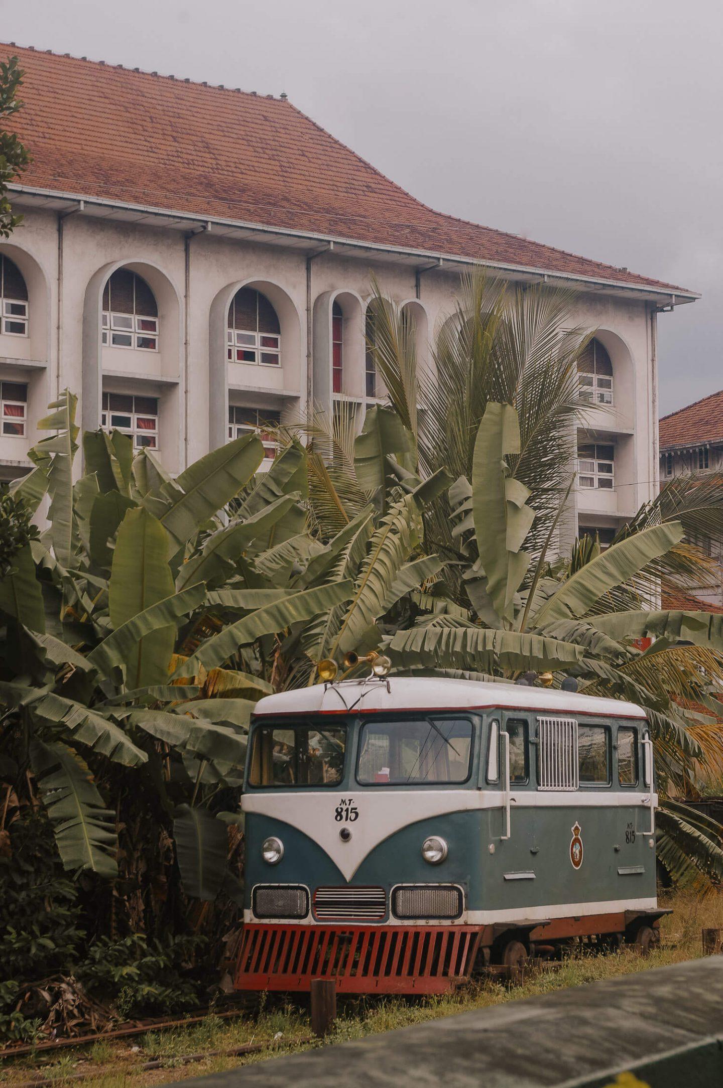 How to get around Kandy Sri Lanka