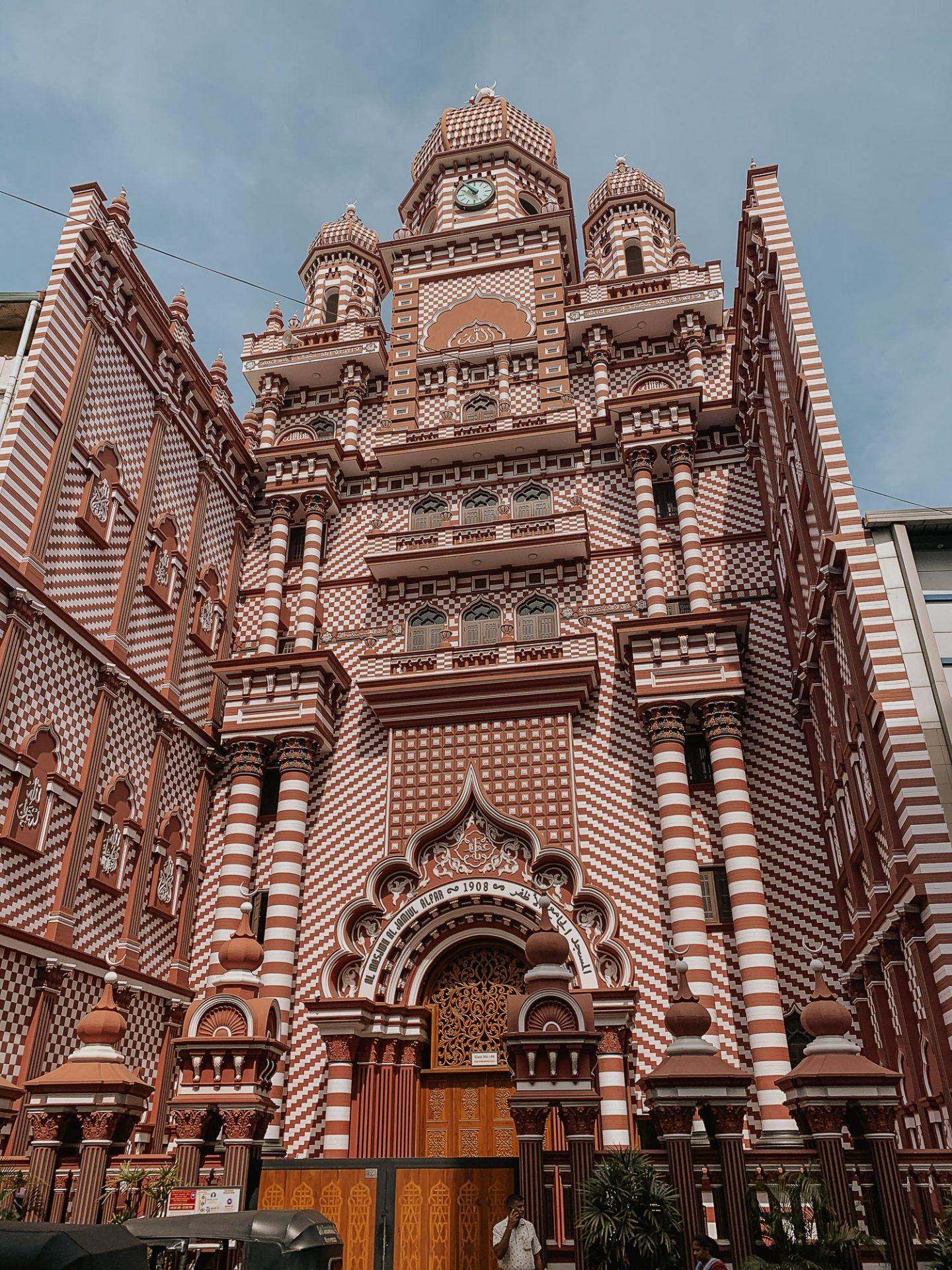 red mosque colombo sri lanka