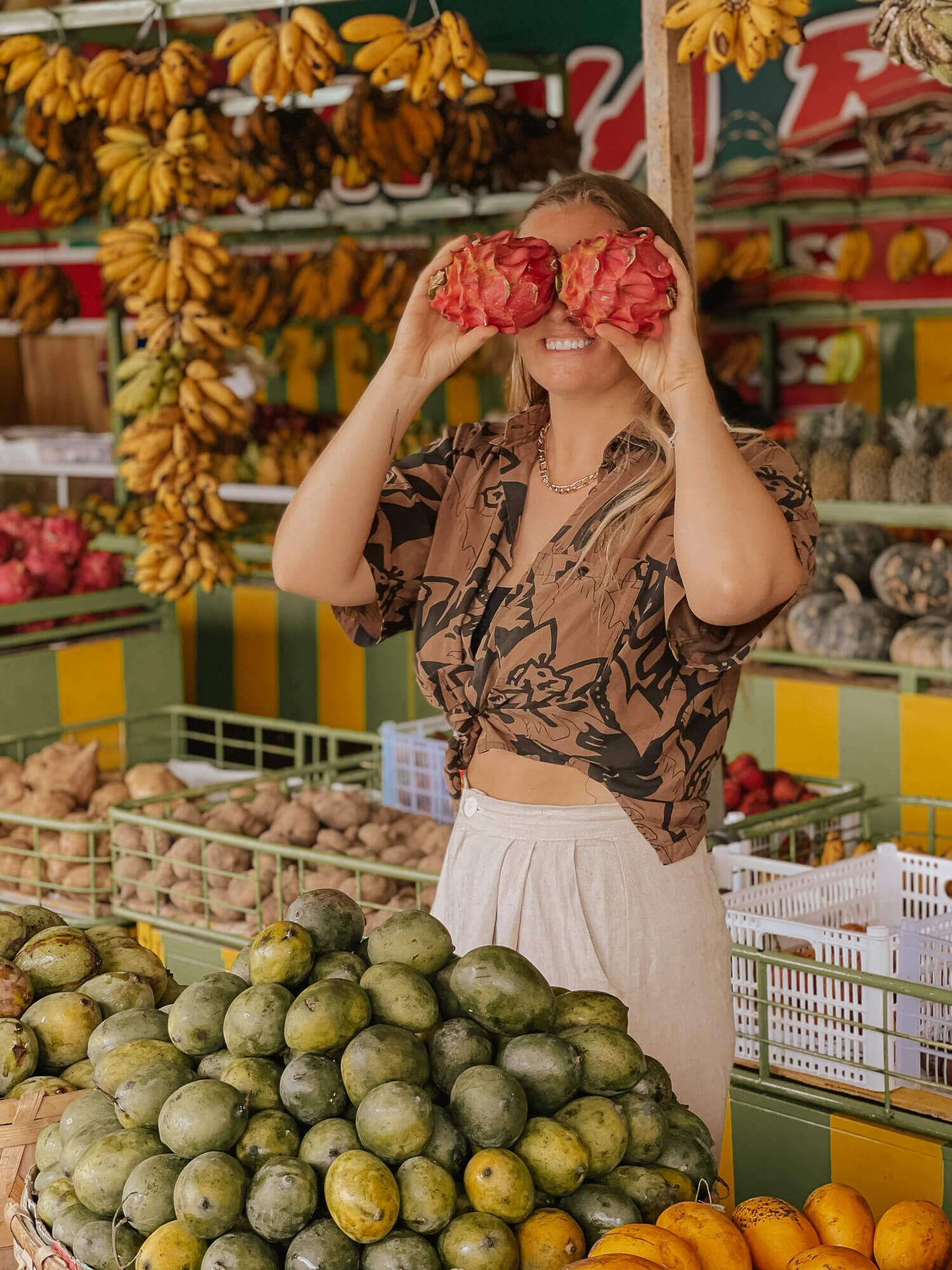 Fruit stand Bali instagram spots
